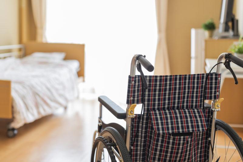 老人ホーム 何歳から-介護施設