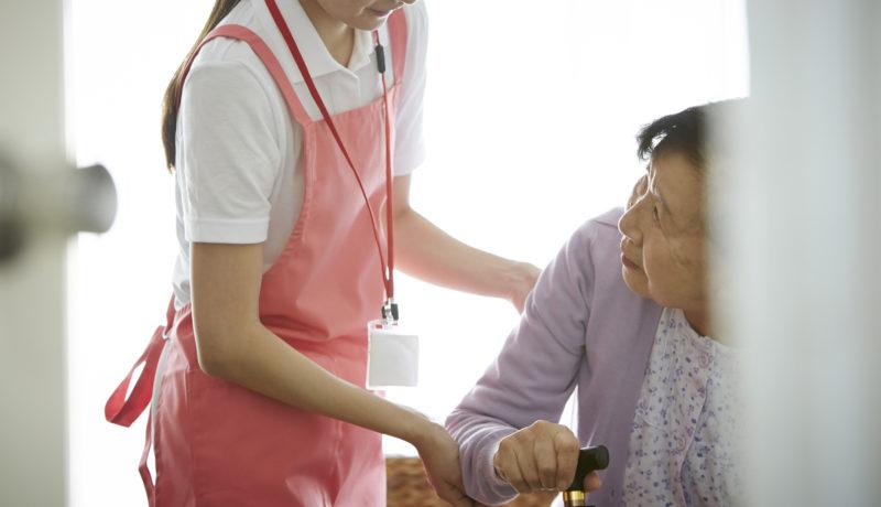 在宅介護サービス 種類-訪問介護で介護されている高齢者