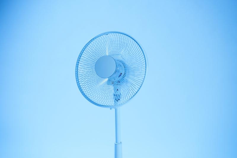 高齢者 熱中症-扇風機